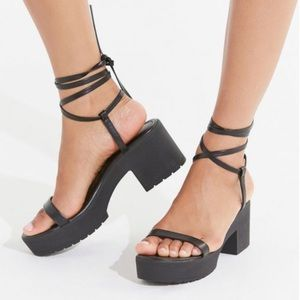 Urban Outfitters Platform Strappy Lace Up Sandal